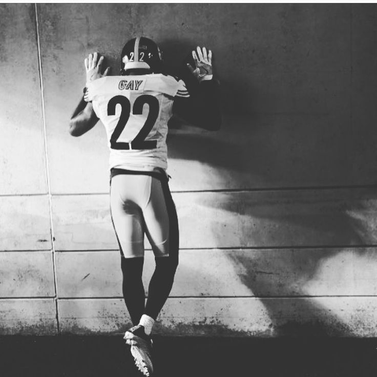 """8,741 Likes, 107 Comments - William Gay (@southcity22) on Instagram: """"28...29...30.... ready or not here I come!!!!! Bday on the way !!!! Who coming to the game to…"""""""