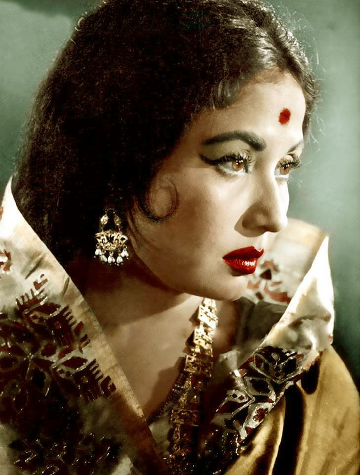"retrobollywood: "" Meena Kumari """