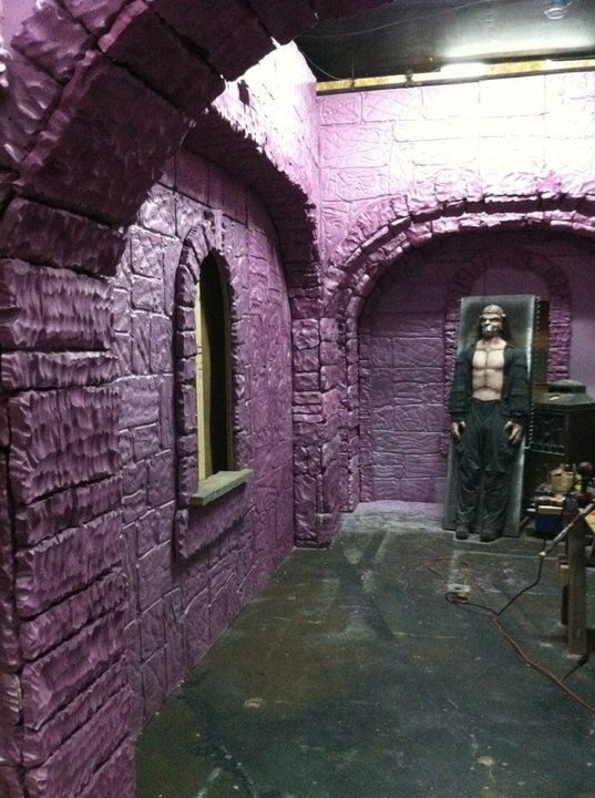 17 best images about foam carving foam work on pinterest for Diy haunted house walls