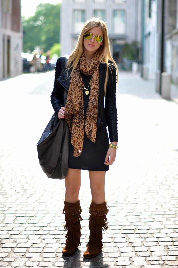 iMyne Fashion: Zappos Appreciation | The Blond Salad. Minnetonka Moccasins. Outfit idea. Preppy boho. Fringe leather boots.
