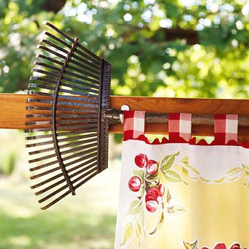 rake curtain rod - how cute is this! A vintage tablecloth with ric-rac edging and Gingham tabs. LOVE THIS!!!