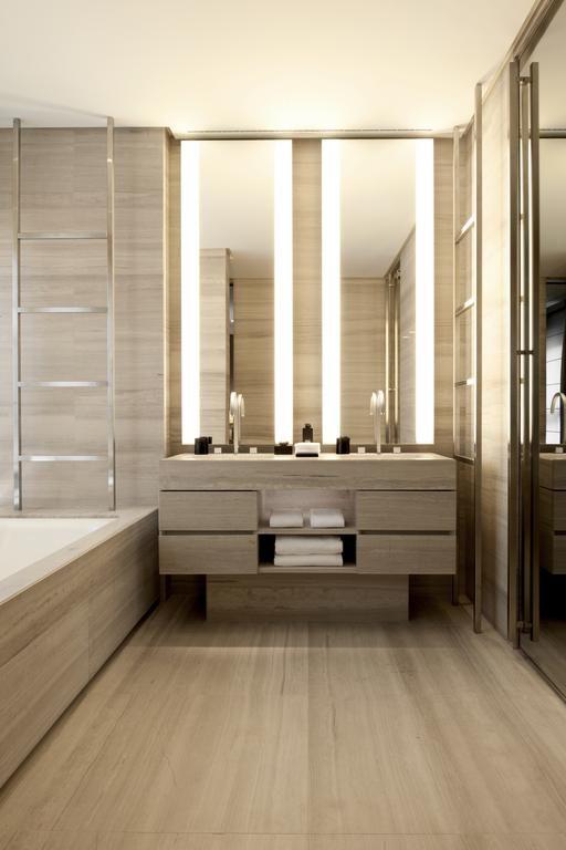 Armani Hotel Milano - tones of stone