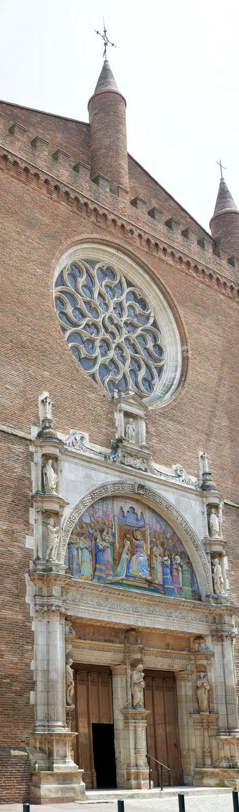 Notre-Dame de la Dalbade et son célèbre tympan en céramique. © D. Viet #visiteztoulouse #toulouse