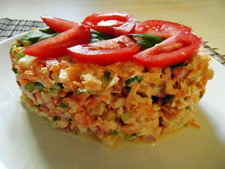 mrkvovo-květákové raw rizoto s zálivkou z kešu oříšků risotto crudivegano de coliflor y zanahoría con la salsa de anacardos