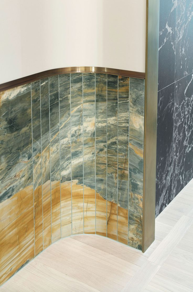 Apropos Concept Store in Hamburg by Rodolphe Parente & Benjamin Liatoud | Yelllowtrace. Curved green marble wall cladding