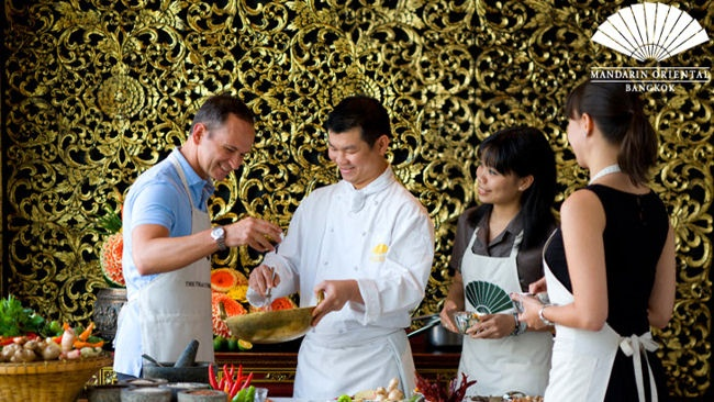Mandarin Oriental Bangkok Offers The Oriental Thai Cooking School