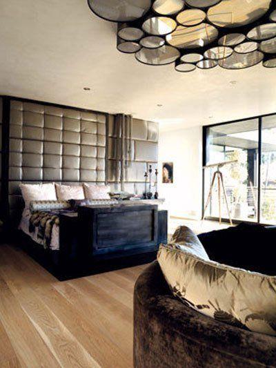 Roundup: Bachelor Pad Bedroom Decor