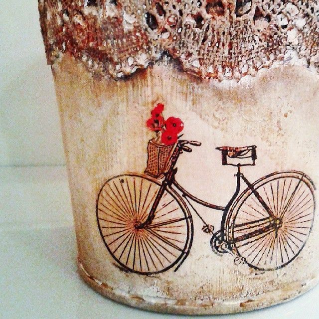 pizzi goffre technique! #vintage #lace #pizzi #bicycle #decor #decoupage #painting #art #crafts #skg #thessaloniki #artist #drawing #drawings #markers #paintings #watercolor #oilcolor #ink #creative #sketch #sketchaday #pencil #arte #dibujo #artwork #Art2Art #color #colour #tagstagramers