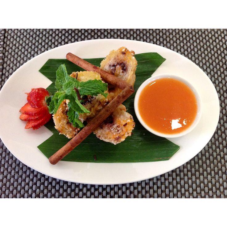 Banana Roll with Orange Sauce.   Gino Feruci Braga Hotel Jl Braga No.67 Bandung