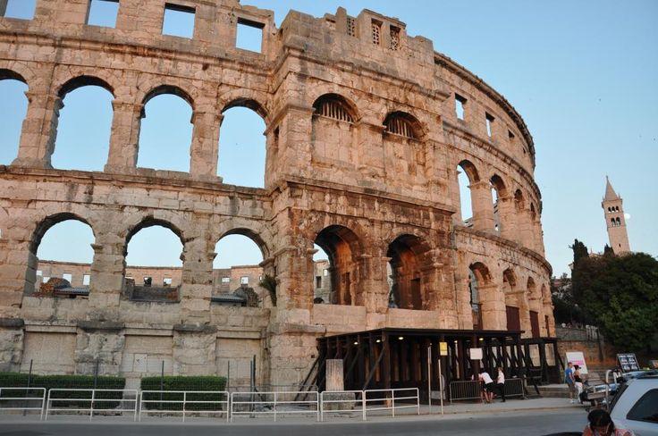 Pula - das berühmte Kolosseum