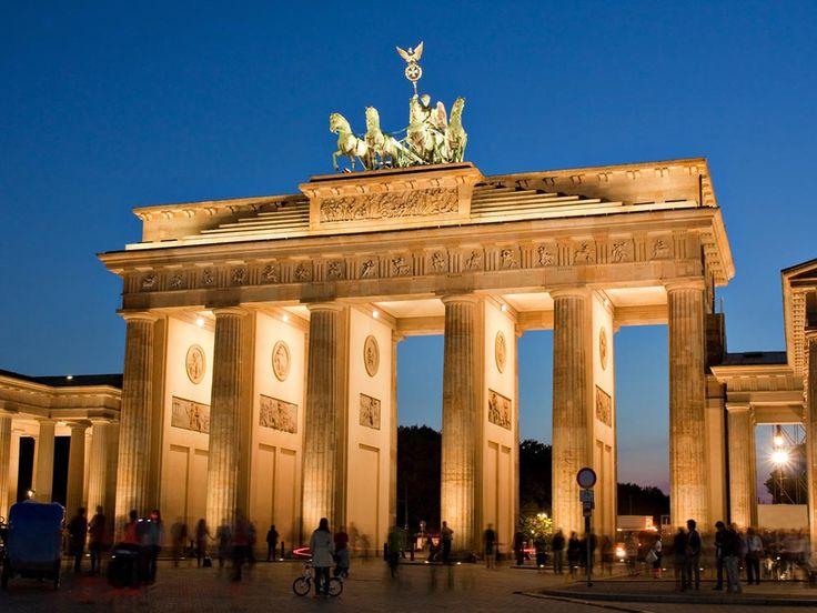 La porte de Brandebourg, La porte de la ville auparavant située en Berlin.