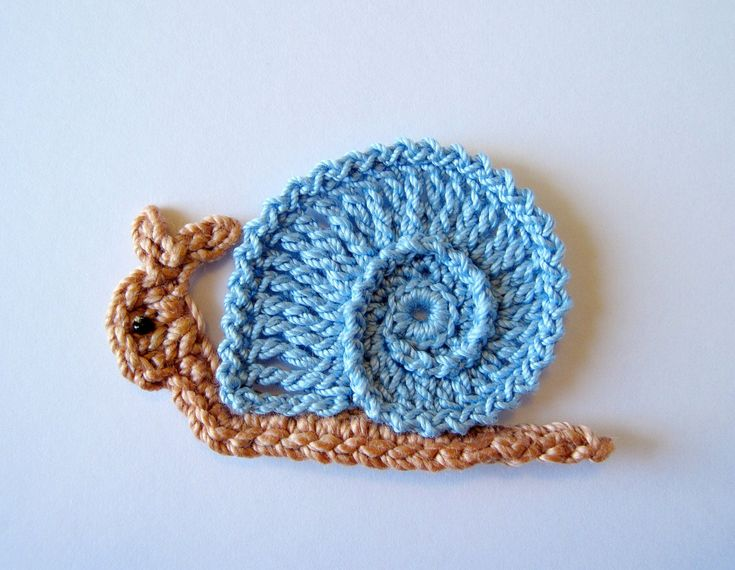 Crochet Applique : Crochet Snail Applique