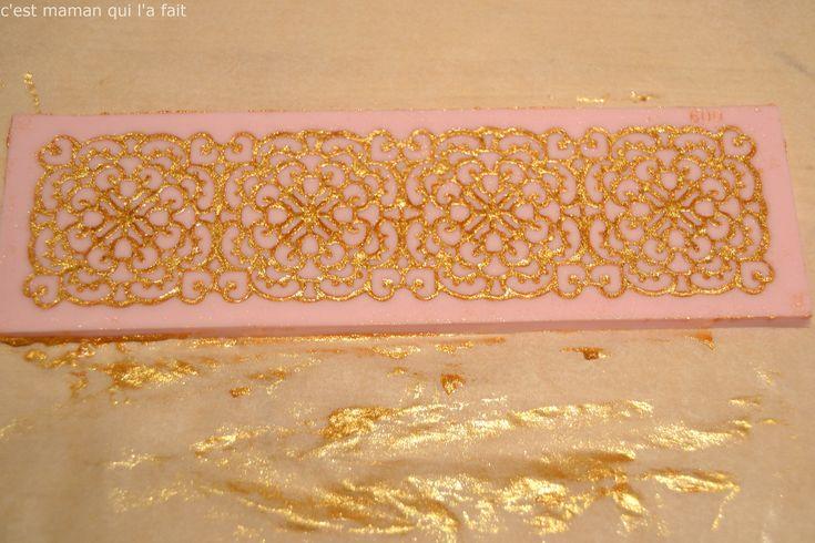 tapis silicone pour sucre dentelle