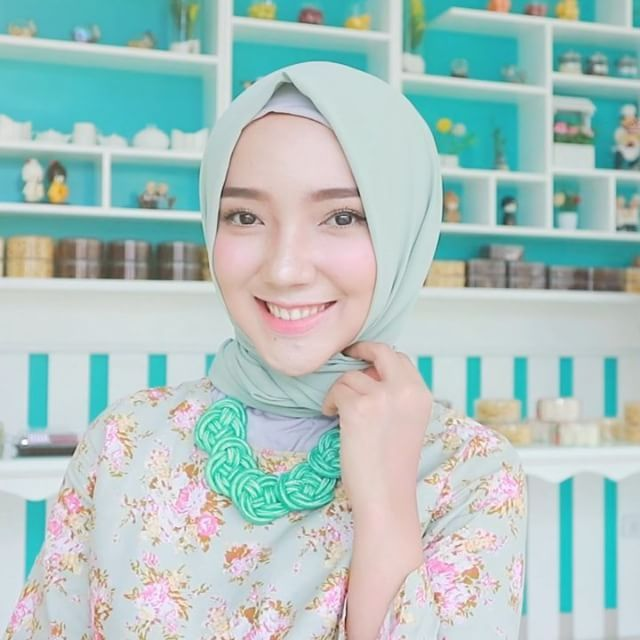 """1,648 Likes, 36 Comments - Ayu Indriati Rahayu (@ayuindriati) on Instagram: """"New Tutorial Video is up on my YouTube Channel <ayuindriati> • CLICK LINK ON MY BIO to watch more…"""""""