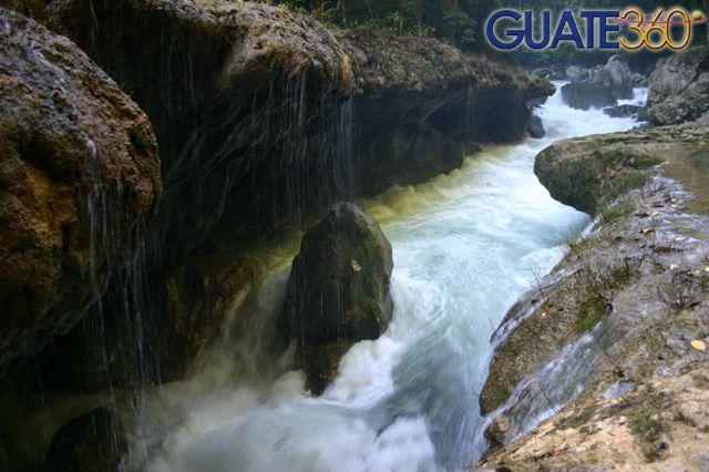 Guate360.com   Fotos de Semuc Champey - Rio Cahabón, Coban Guatemala