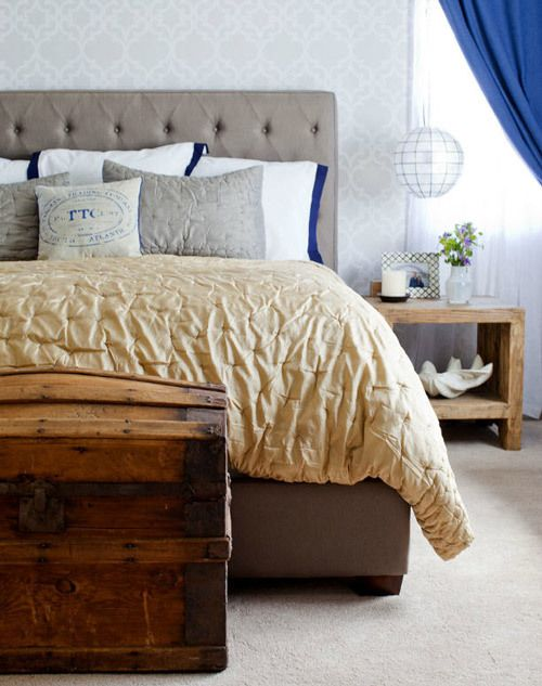 guest room inspirationInterior Design, Guest Room, Old Trunks, Bedrooms Colors, Blue Room, Interiors Design, Master Bedrooms, Bedrooms Headboards, Bedrooms Ideas