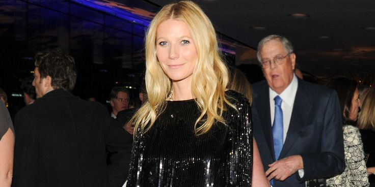 """Gwyneth Paltrow Admits Co-Parenting With Ex Chris Martin Is """"Hard,"""" Plus More News! - Paltrow and Martin Make Children Priority"""