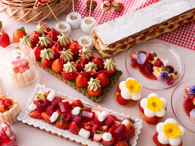 【ELLE a table】今年もスタート! 大人気のストロべリーデザートフェアへ行こう|エル・オンライン