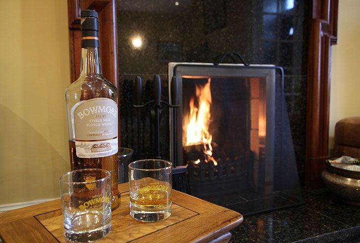 An Essential Guide to Whisky Tasting by Islay Cottages