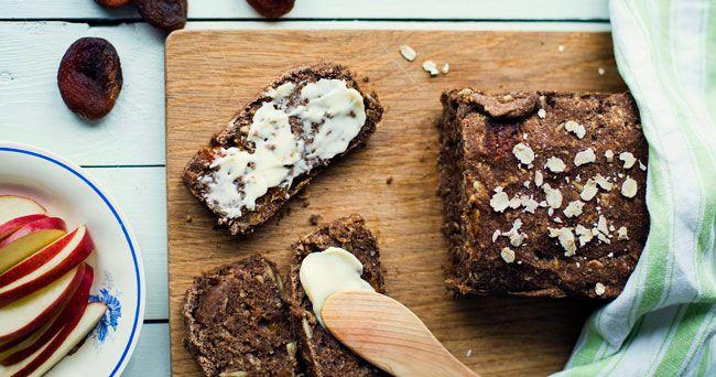 Grovt rågbröd med lingon | Det gröna skafferiet