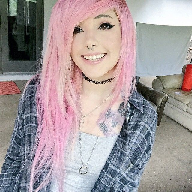 I want to dye my hair pink :)