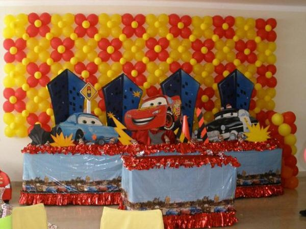 17 best images about balloon wall decorations on pinterest for Balloon decoration in hyderabad