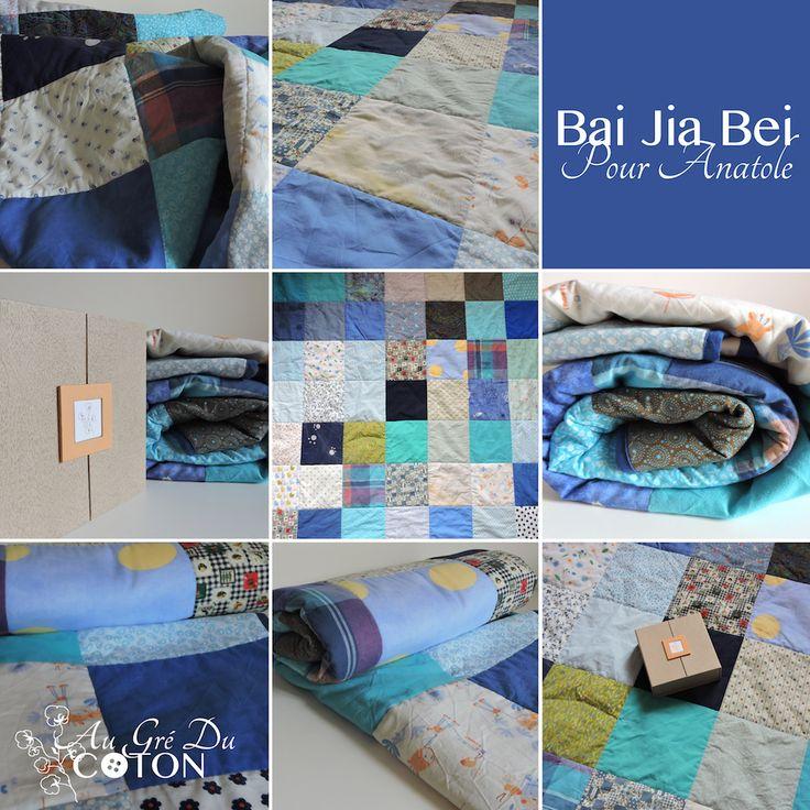 Bai Jia Bei pour Anatole #baijiabei #Baptême #Baptêmerépublicain  Assemblé en Juillet 2017 Nombre de voeux : 49 Dimensions : 140 cm x 140 cm Composition : Coton Couleur dominante : Camaïeux de bleu