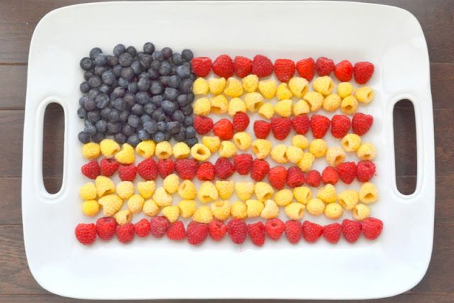 Stars and Stripes Fruit Tray, love this idea for the 4th!