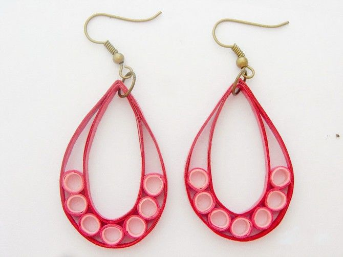 Red Teardrop Paper quilled Earrings :: by YangMay Choong