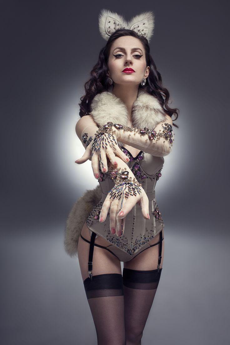 костюм бурлеск картинки худощавого типа телосложения
