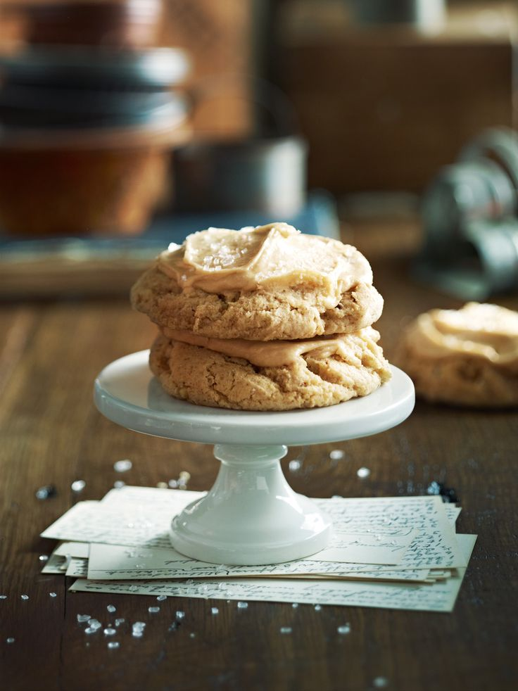 {I love the combination of maple and walnut, especially in cookies that look this soft and chewy!} Maple Walnut Cookies | Relish