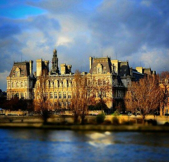 1000 images about paris arrondissement 4 marais hotel de ville centre pompidou notre dame. Black Bedroom Furniture Sets. Home Design Ideas