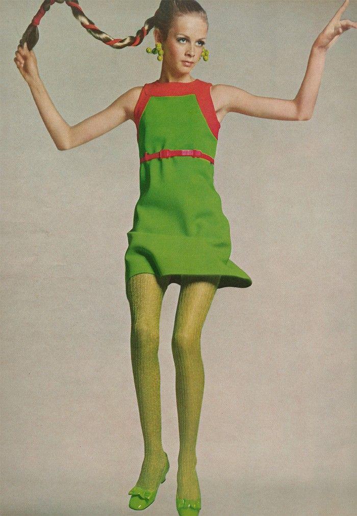 American Vogue August 1st 1967 : Twiggy by Richard Avedon: ana_lee