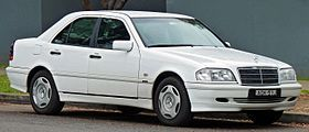1998 Mercedes-Benz C 200 (W 202) Classic sedan (2010-07-05) 01.jpg