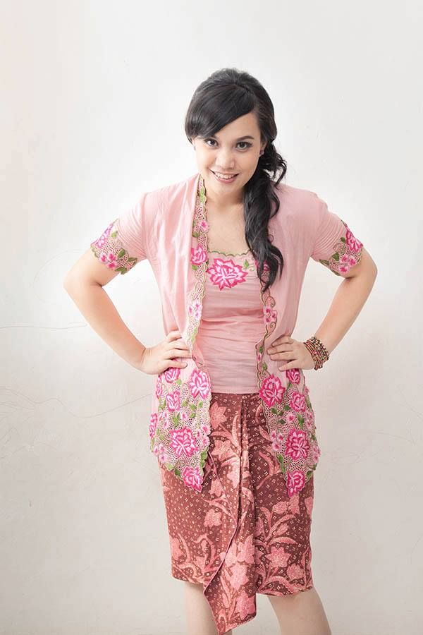 CANTIKA kebaya courtesy : + cute batik skirt