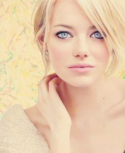 Emma Stone 1.She genuinely seems like a great person and i admire her fun personality  2. She is That Girl that looks great with ANY Color hair. My personal favorite is her blonde  3.she is a fabulous Actress  <3!!