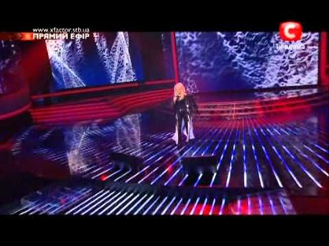 ▶ Bonnie Tyler - 2011.11.05 - Total Eclipse Of The Heart  http://www.the-queen-bonnie-tyler.com/