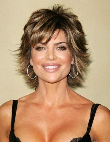 Lisa Rinna hair style I've always loved her hair might be too short for me though
