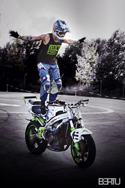 Riding few years ago with StuntBike Honda Cbr 600 f4😎✌️️💥🙌🔥  #pitbike #kankafmx #ride #backflip #ycfriding #ycf #ycffamily #etnies #bullpark13 #bullpark13barcelona #latinamerica #latinamericaexperience #freestyle #pitbikes #freestylepitbikeshows #riding #moto #jump #air #tattooboy #ink #lifestyle #extremsport #kankaextremsportsbcn  INSTAGRAM @kankafmx FACEBOOK page :  KANKA EXTREM SPORTS BCN