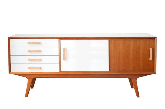 Hey, I found this really awesome Etsy listing at https://www.etsy.com/es/listing/177384103/rm180-sideboard-entertainmnet-unit-with