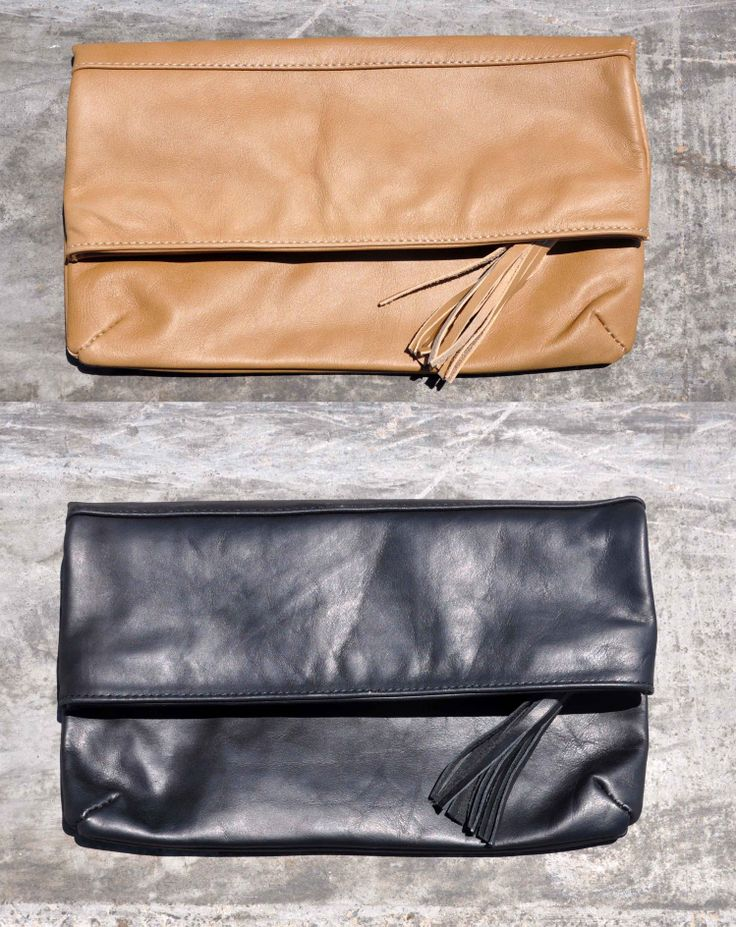 minimal leather clutch, it comes in beige or black