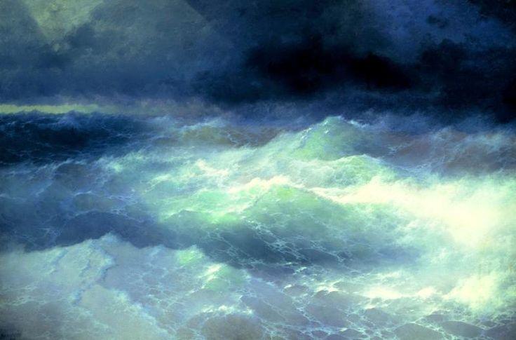 Конечно, Айвазовский родился гением. Но было еще ремесло, которым он владел блестяще и в тонкостях которого хочется разобраться. Итак, из чего же рождались морская пена и лунные дорожки Айвазовского? Иван Константинович Айвазовский. Среди волн