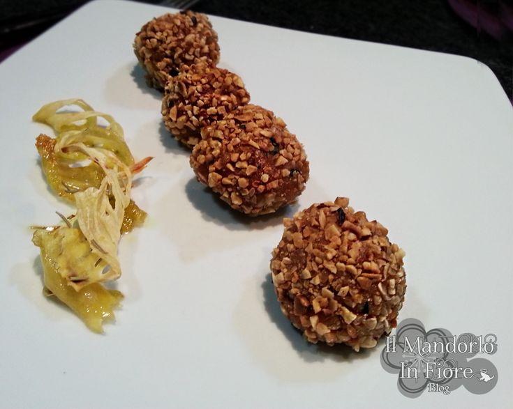 La ricetta che vi do oggi è quella delle polpette di salmone panate con granella di nocciole. Per la ricetta qui >>http://blog.giallozafferano.it/ilmandorloinfioreblog/?p=6245
