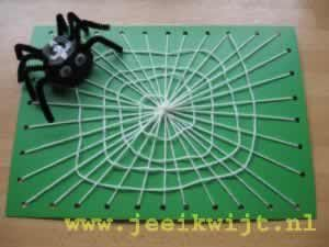 Herfst knutsel Spinneweb met uitleg! (Autumn craft Spiderweb with explanation!)
