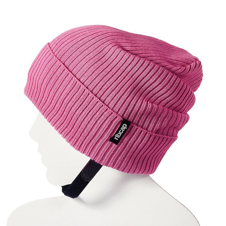 Czapka Ribcap Lenny to miękka i skuteczna ochrona główki dziecka, czapka została wyposażona we wkładkę absorbującą wstrząsy i ma zapewnić ochronę podczas uderzenia. Dodatkowo Ribcap zapewnia ochronę cieplną, jak to czapki mają w zwyczaju. Jeśli twój AktywnySmyk nie lubi nosić kasku w chłodne dni Ribcap stanowi idealne rozwiązanie na rower, hulajnogę, sanki, łyżwy czy plac zabaw... potajemnie można przemycić bezpieczeństwo ukryte w czapce :-)