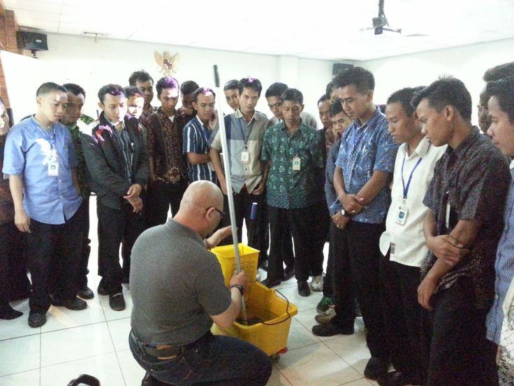 training-cleaning-service-jakarta-03