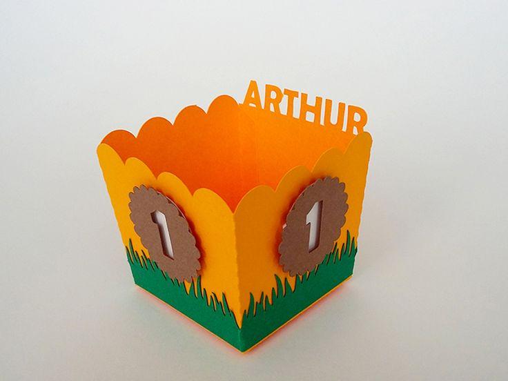 Caixa de Pipoca no tema Safári personalizada com nome e idade do aniversariante. Festa Safári - Festa na Floresta - Festa Zoológico