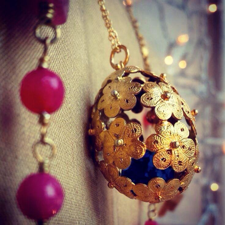 Gold egg YVONE CHRISTA NY & Gioielli Lumiere