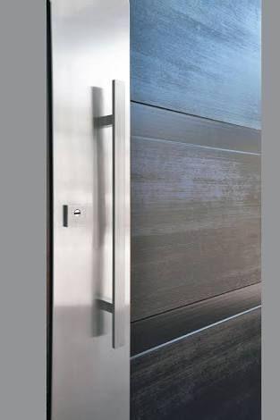 17 mejores ideas sobre puertas principales modernas en for Modelos de puertas principales modernas