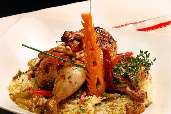 كبسة الدجاج السعودية الأصلية مطبخ سيدتي Recipe Middle Eastern Recipes Recipes Food